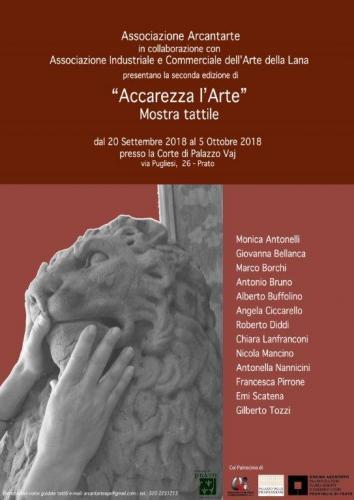 Accarezza larte locandina 2018